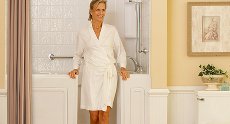 walk in tub with lady in white